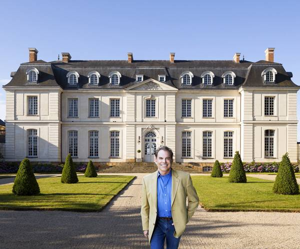 Tim in front of Chateau