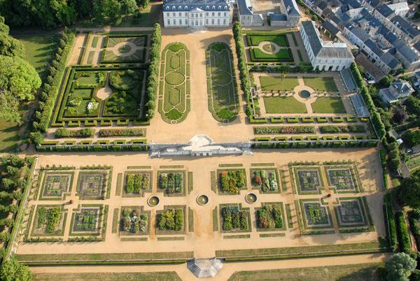 chateau du grand-luce arial
