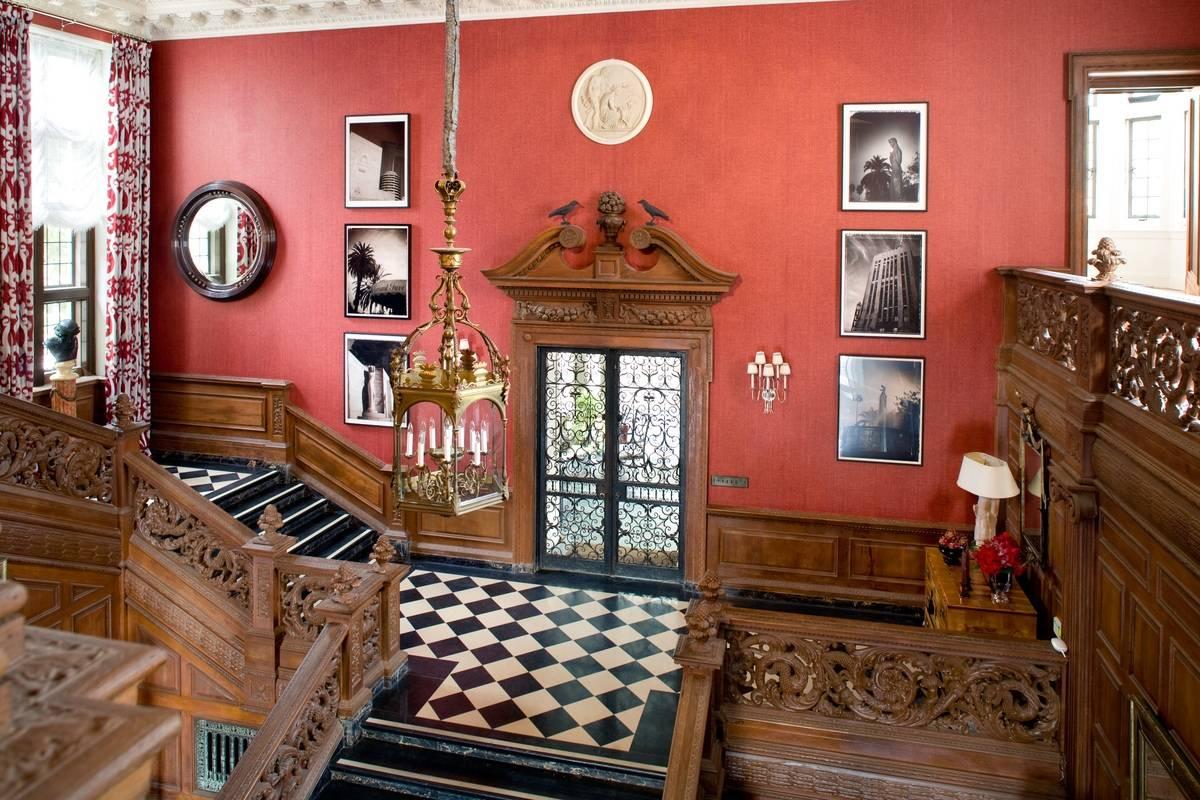 Entry halls interior design photo gallery timothy corrigan for The greystone